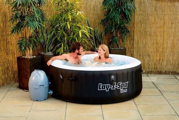 VARILANDO Whirlpool für den Garten Garten-Pool Ø180 cm Temperaturregelung Sprudelmassage Jacuzzi