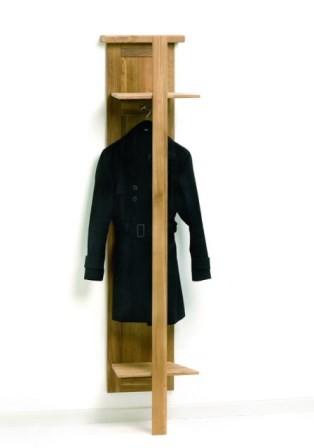 VARILANDO Garderobe aus geölter Eiche Wandpaneel Garderobenständer Wandgarderobe